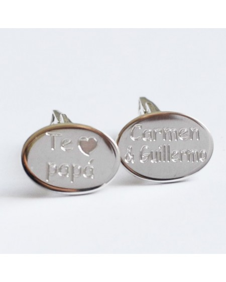 Gemelos de plata grabados para padres