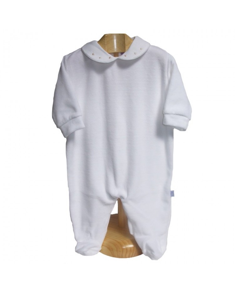Pijama blanco cuello de topitos plateados