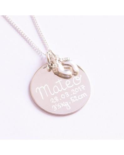 Collar plata con medalla de nacimiento personalizada