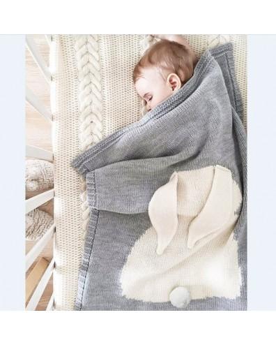 Manta polar para bordar el nombre del bebé