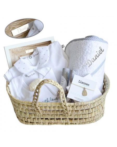 Cesta regalo para bebés con pulsera para mamá
