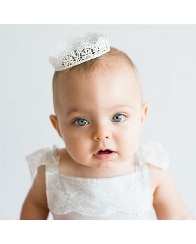 Corona de ganchillo para bebe o recien nacido