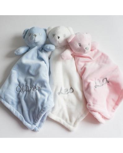 Doudous para bebés con nombre bordado