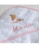 Capa de baño para bebé con nombre bordado